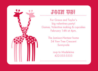 Giraffe Hug Party 7x5 Flat Card